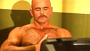 Free Gay HD porn Gay bears gain it on behind bars devouring over and above butt banging while being watched