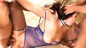 Gianna Michaels, Bitch, Blowjob, Brunette, Cute, Group