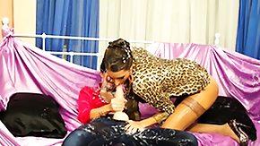 Messy Lesbian, Blowjob, Brunette, Fucking, High Definition, Leggings