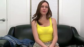 HD Desirae Wood Sex Tube Show what this chick can do in chest of web device Her name is Desirae Wood her only goal is to make many cronies super
