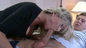 Bridgett Lee, American, Aunt, Banging, Bed, Bend Over