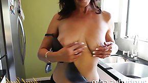 Free Mimi Moore HD porn Mimi Moore\'s Famous Pecker Pancakes