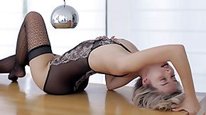 Lingerie HD Sex Tube Skinny lady posing in lingerie