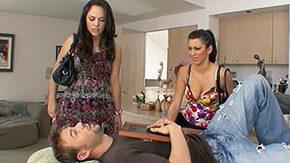 Ffm Threesome, Aunt, Bed, Best Friend, Brunette, Facesitting