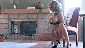 HD Brea Lynn tube Brea posing and masturbating on webcam seductive tits bulky boobs expanding legs tease babe dark masturbation cunt closeup