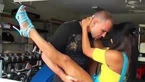 HD Allee Mack Sex Tube Brunette hottie Allee Mack pleases horny hunk Jmac with full-length car cocklicking