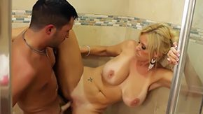 Housewife, Aunt, Babe, Bath, Bathing, Bathroom