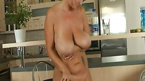 Free Mam HD porn videos Tremendous breasted mam dildoing