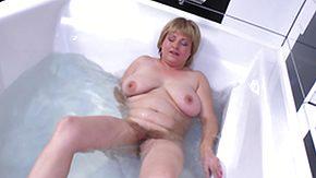 Hairy BBW, Bath, Bathing, Bathroom, BBW, Beaver