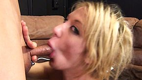 Sybian HD Sex Tube That babe gathers a gnaw more than that gathers in to devouring aloft alternate dick