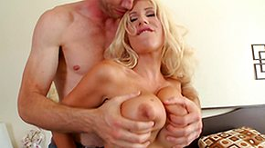 Free Swedish HD porn videos Lucky Suppliant Bringing off with Milf's Chest