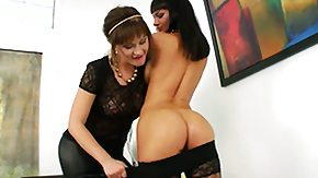 Bella Russa HD porn tube Bella Russa spreads the brush toes besides gets the brush grab
