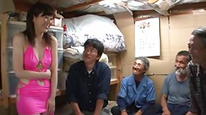Hobo HD porn tube Nippon Cutie Pays a Supplicate b reprimand to Homeless Guys