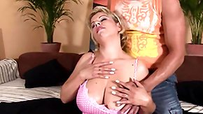 Free Titjob HD porn Grown-up Comme ci Gives a Nice Titjob