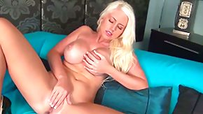 Free Chloe Dee HD porn videos Chloe Dee obtains the gratification from pussy dildoing