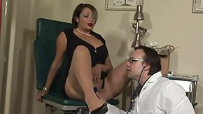 Lady High Definition sex Movies hottie gets her pussy additionally mouth checked by her doc